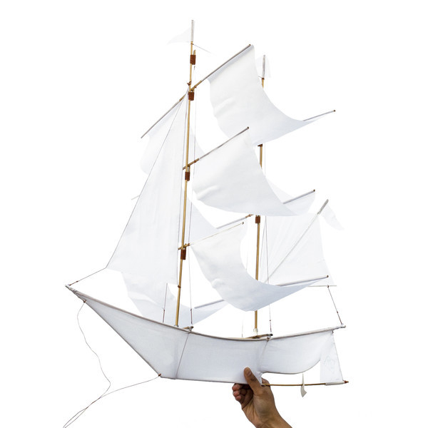 Hapticlab sailing ship kite white grande